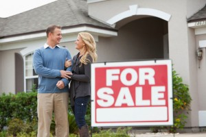 The-Challenges-and-Rewards-of-Buying-a-House